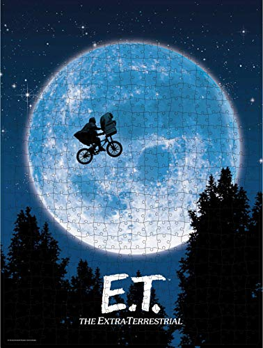 Spin Master Games E.T. the Extra-Terrestrial Movie 500-Piece Puzzle in Plastic Retro Blockbuster VHS Video Case 5